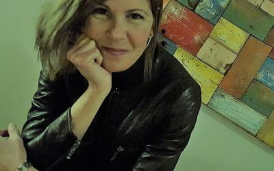 """""""Por ti no te beso, ni me acerco; pero te llamo, te digo cosas bonitas y te doy amor de la manera en que puedo, en estos momentos"""" (Entrevista a Ana Raventós, Psicóloga. New Health Foundation 2/04/2020)"""